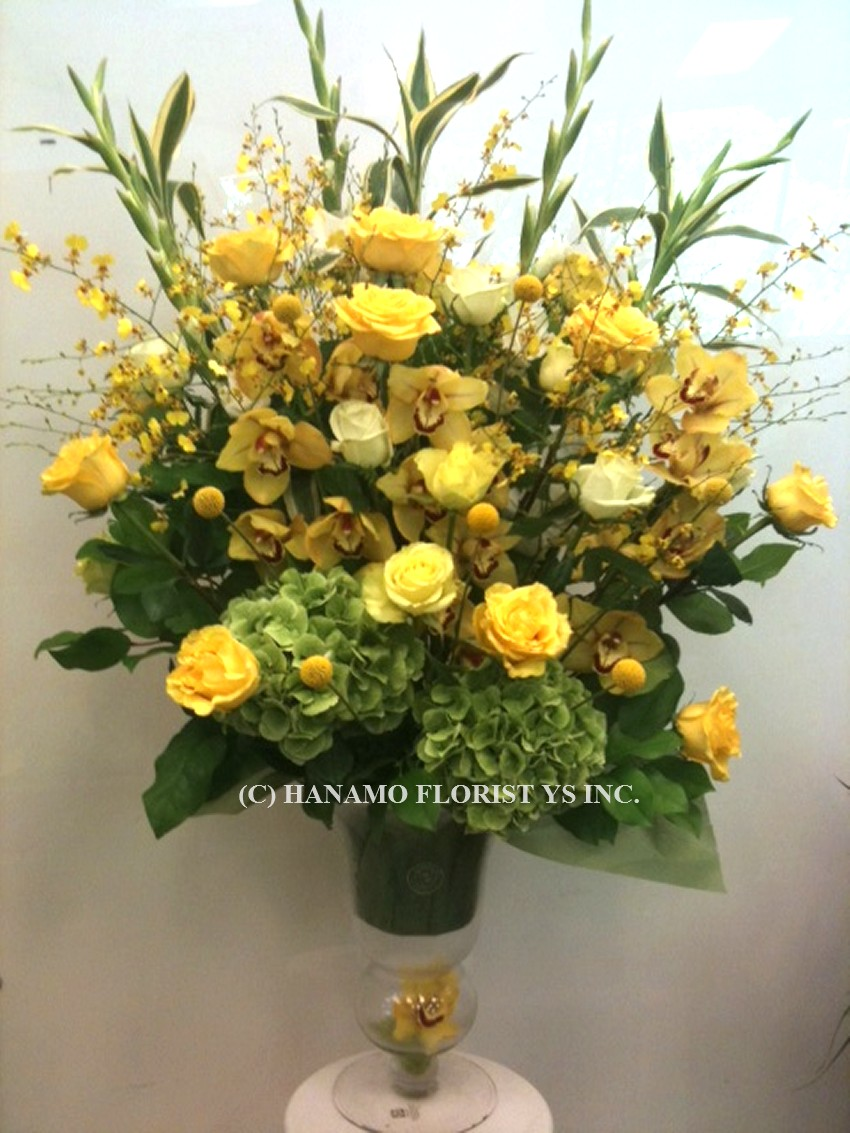 VASE901 3.5 to 4 Feet Premium Arrangement your colour request