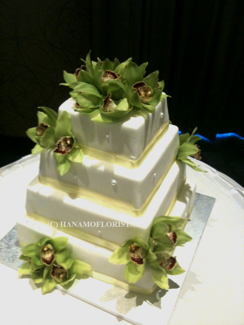 WEDO818 Cymbidium Cake Flowers - Click Image to Close
