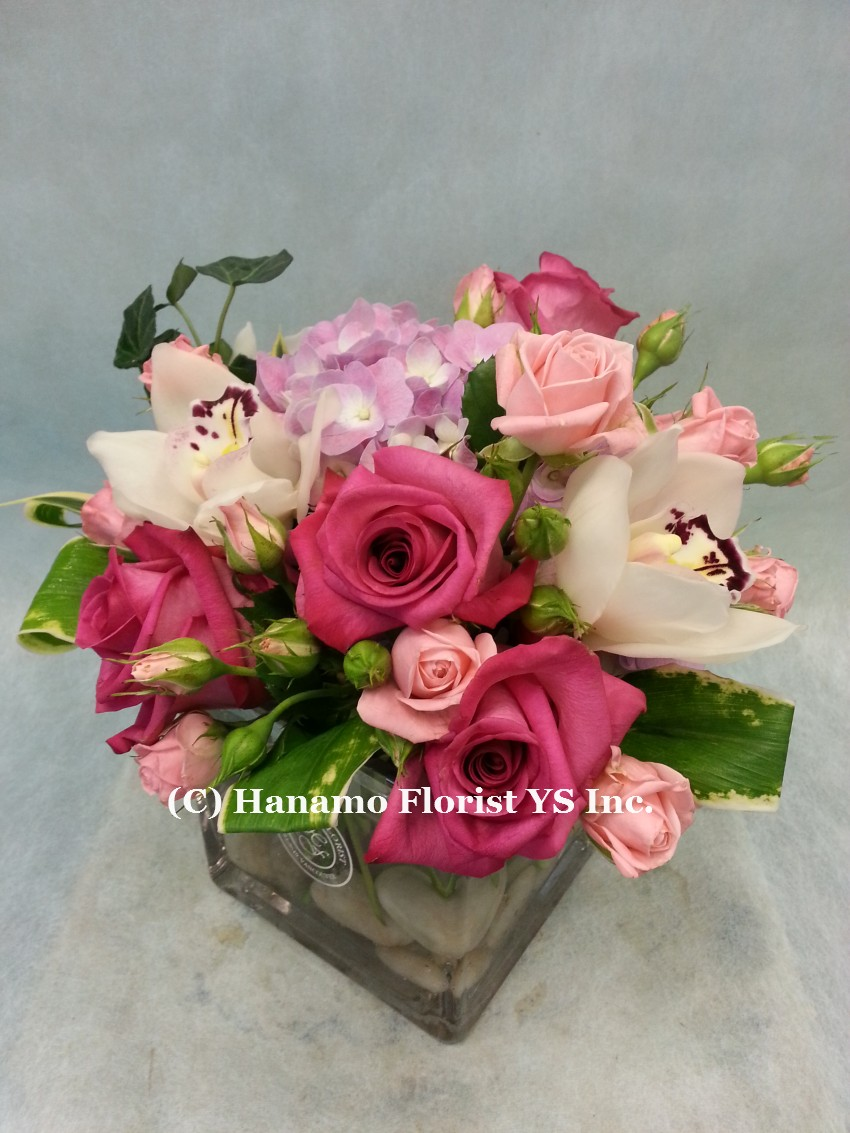 HANA1002 Seasonal Pink Tone Arrangement in 5 inch Cube