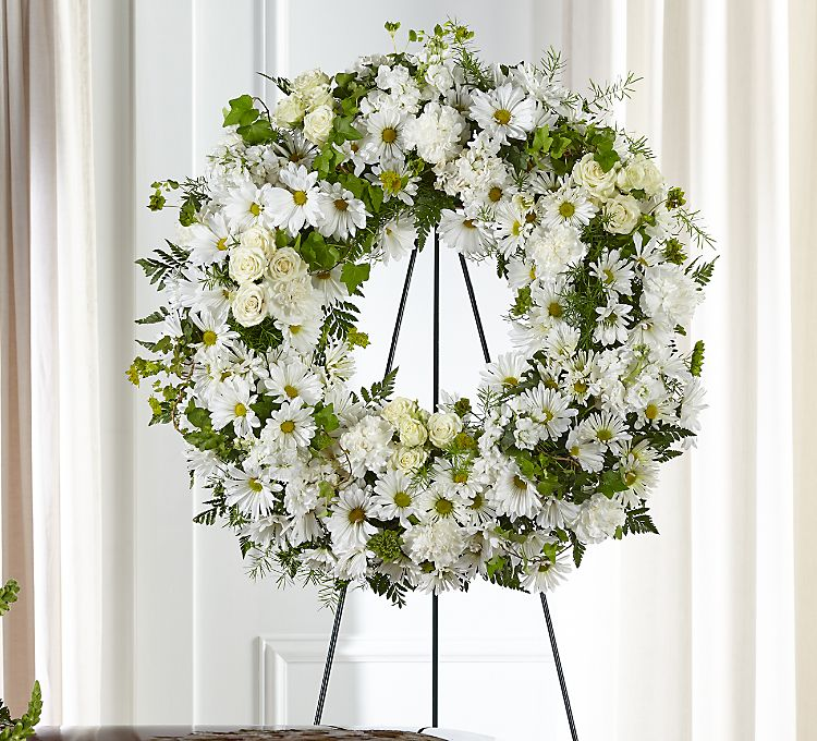 SYMP020 Funeral Wreath Classic Seasonal Flowers Medium