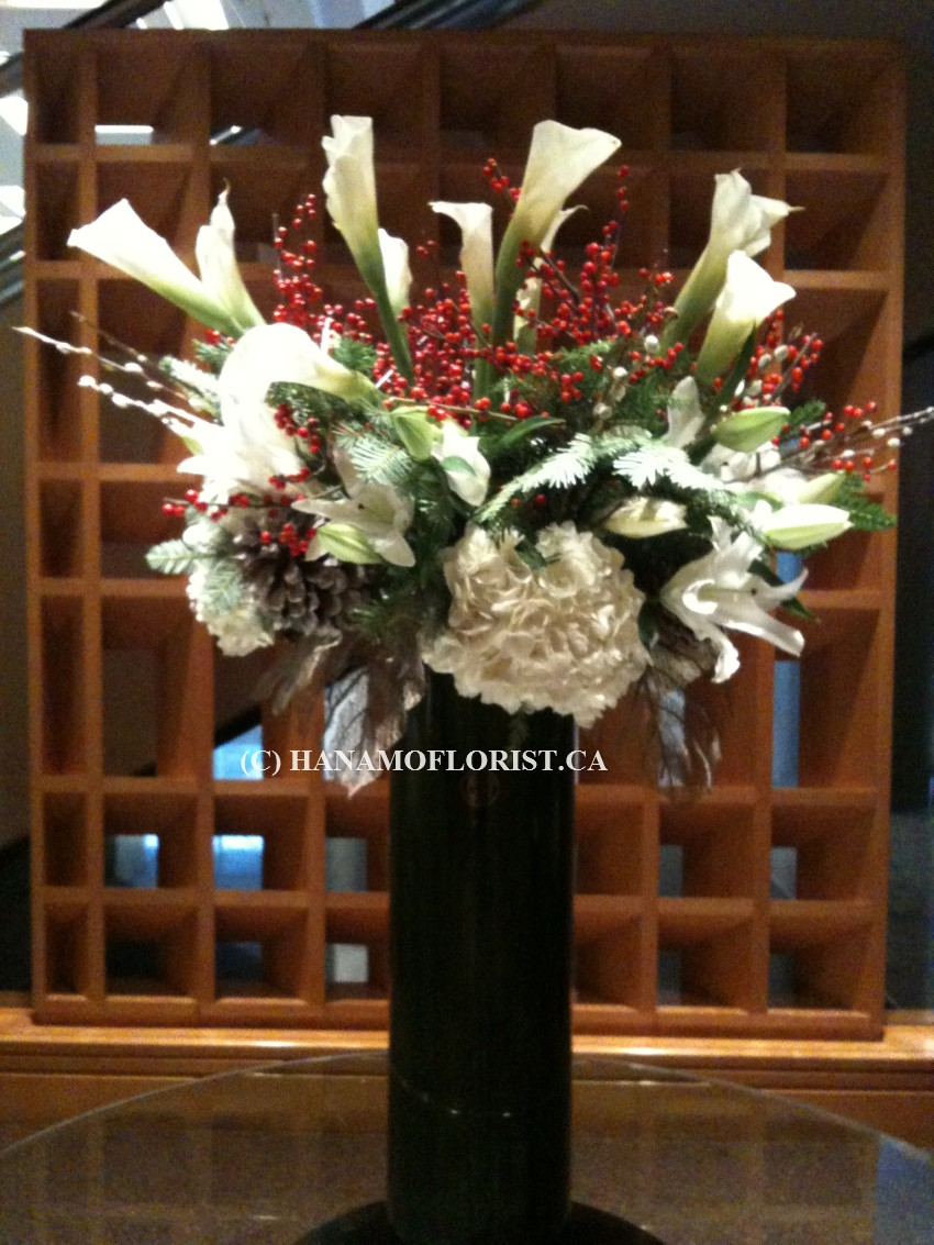 CMAS1202 XL Christmas Vase Arrangement
