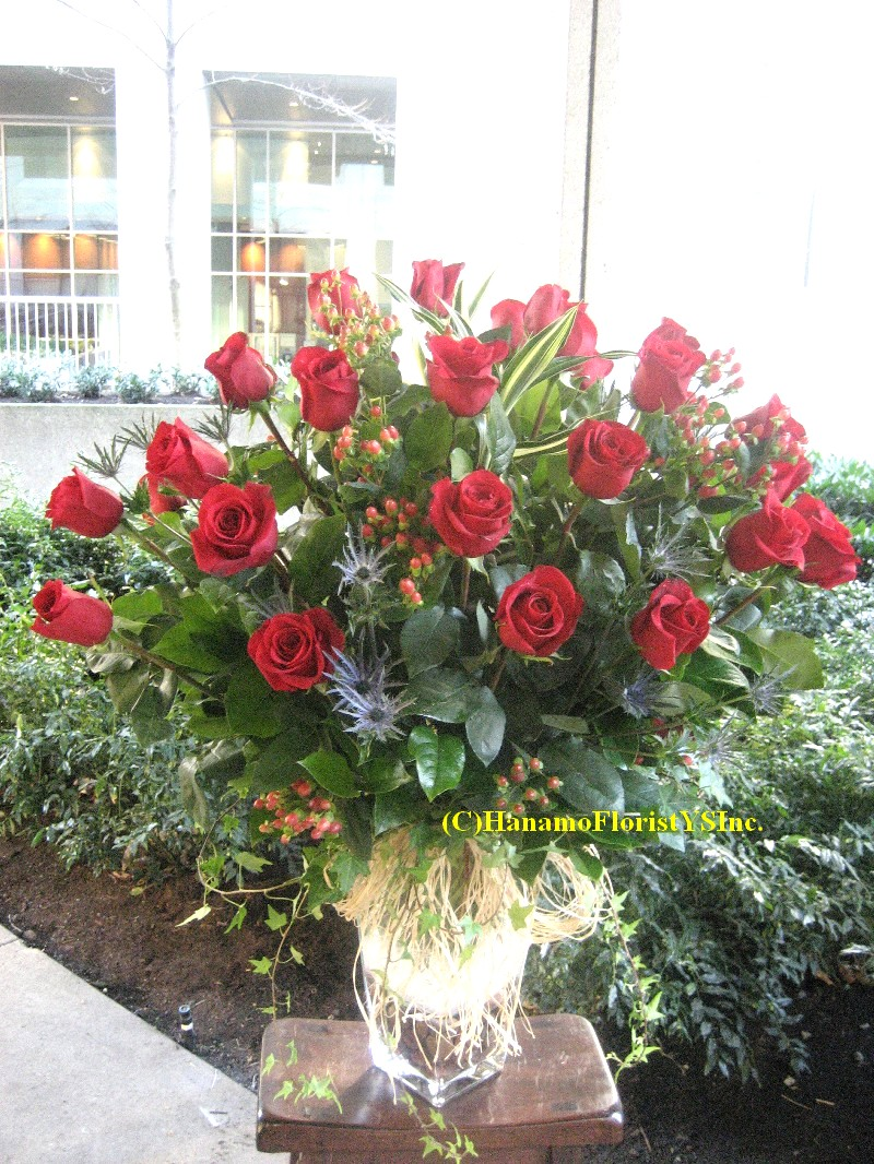 VALE039 3 doz Best Ecuadorian Long Stem Red Rose In Vase