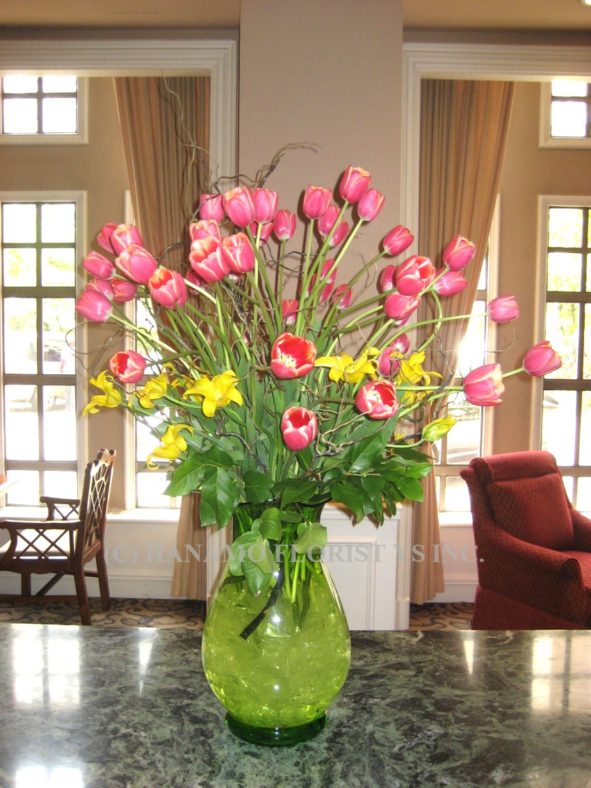 LOBB008 French Tulips in extra large vase