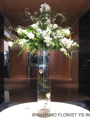Vancouver Flower Delivery on Price Is For The Rental Glass Vase  Purchase Vase Price Is Additional