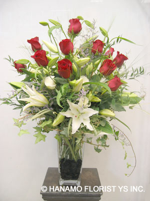 ANNI004 1 doz Premium Red Roses and White Liles